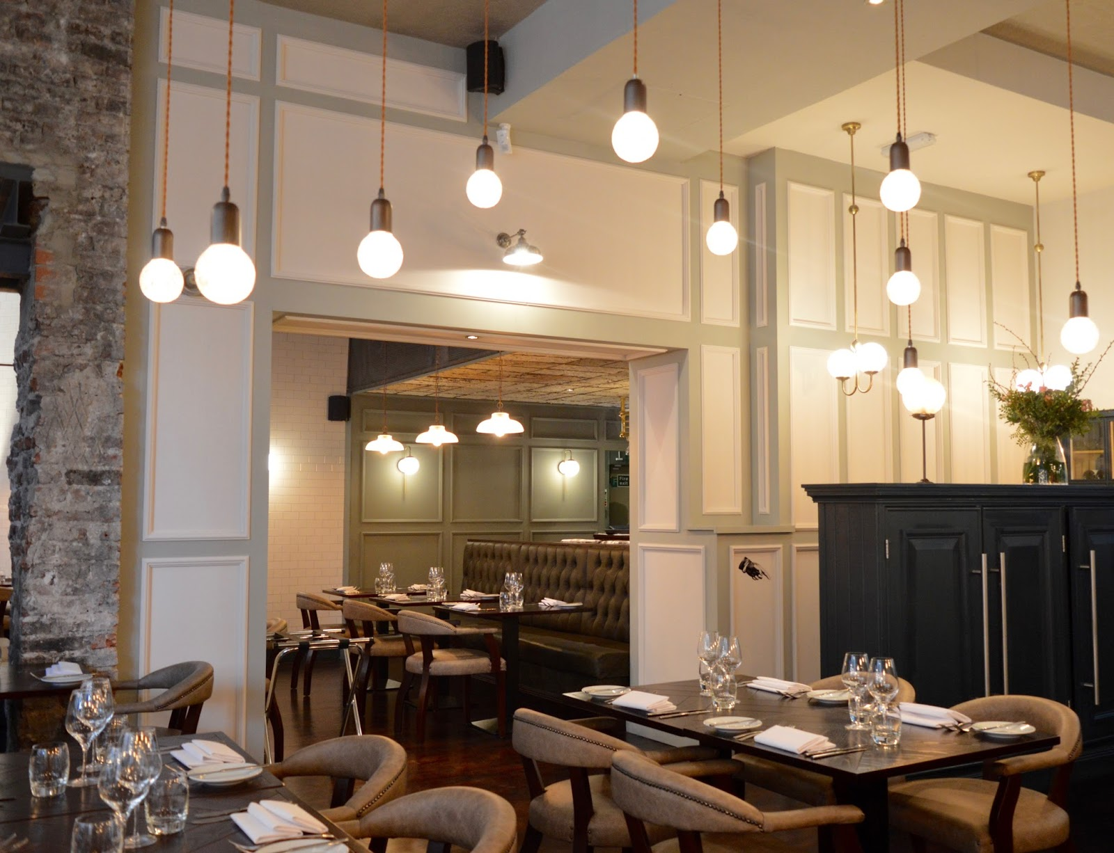Dobson and Parnell Newcastle Menu Review  - restaurant interior