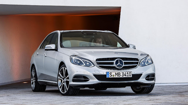 The new-generation Mercedes-Benz E-Class silver
