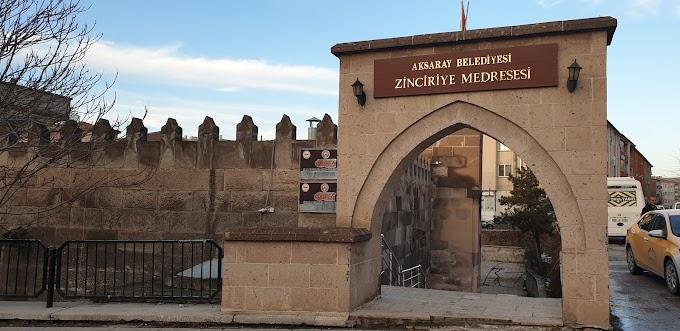 Zinciriye Medresesi-Aksaray