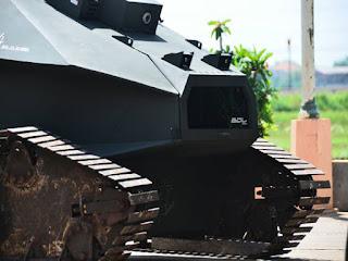 Mahasiswa ITS ini Ciptakan War-V1 Sweeper Tank