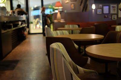 WIRED CAFE 梅田NUchayamachi店 インテリア・内装