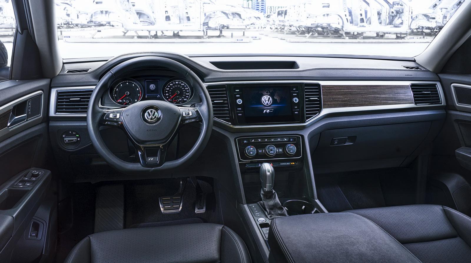 2017 - [Volkswagen] Atlas / Teramont - Page 8 VW-Atlas-RLine-14