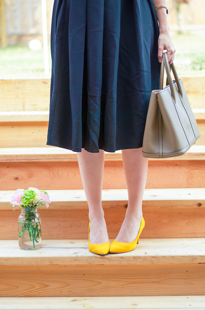 How to Style a Full Midi Skirt