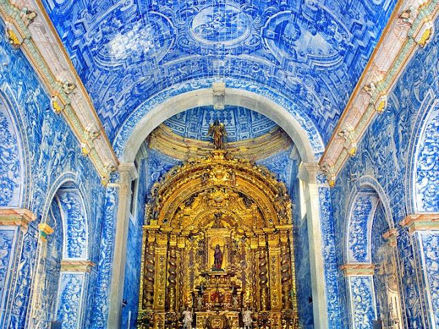 Igreja de São Lourenço de Almancil no Algarve
