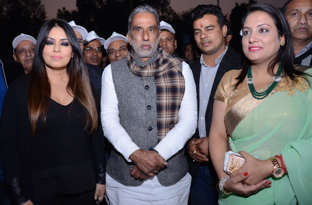 L to R Mahima Chaudhary, Minister of State for Social Justice and Empowerment Mr. Kishan Pal Gujjar and MCF Commissionert Sonal Goyal