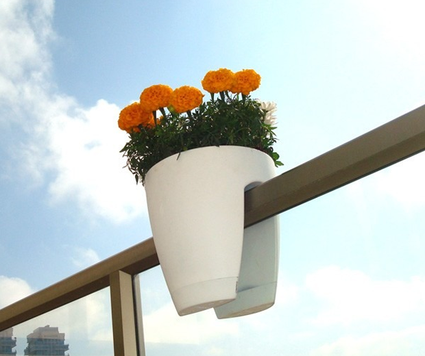Greenbo Urban Railing Planter Balcony