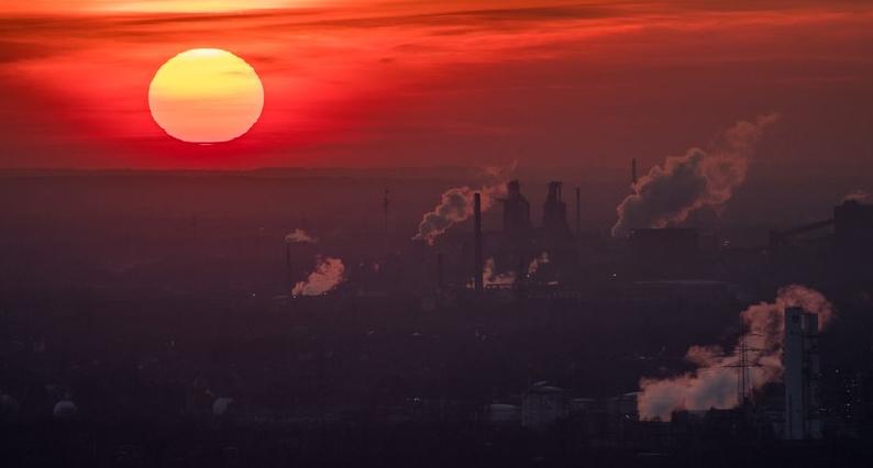 """Scienziati schock: La Terra potrebbe affrontare un """"effetto serra irreversibile""""."""