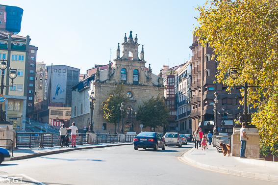 Puente de la Merced y Bilborock. Bilbao, la ria y sus puentes