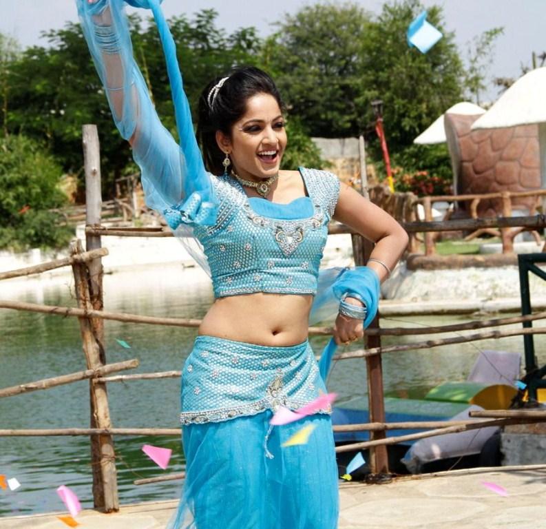 Madhavi latha hot pics