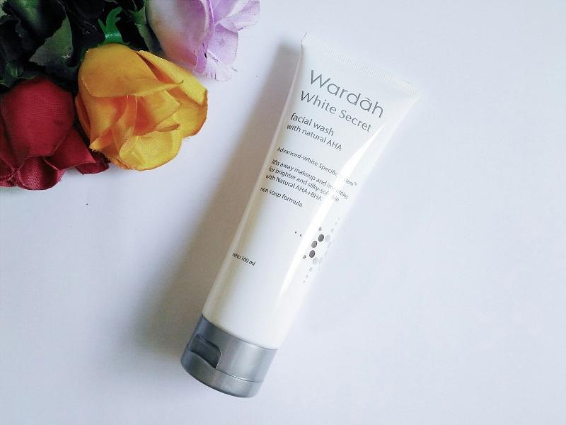 Wardah White Secret Facial Wash Produk Wardah Untuk Menghilangkan Bekas Jerawat