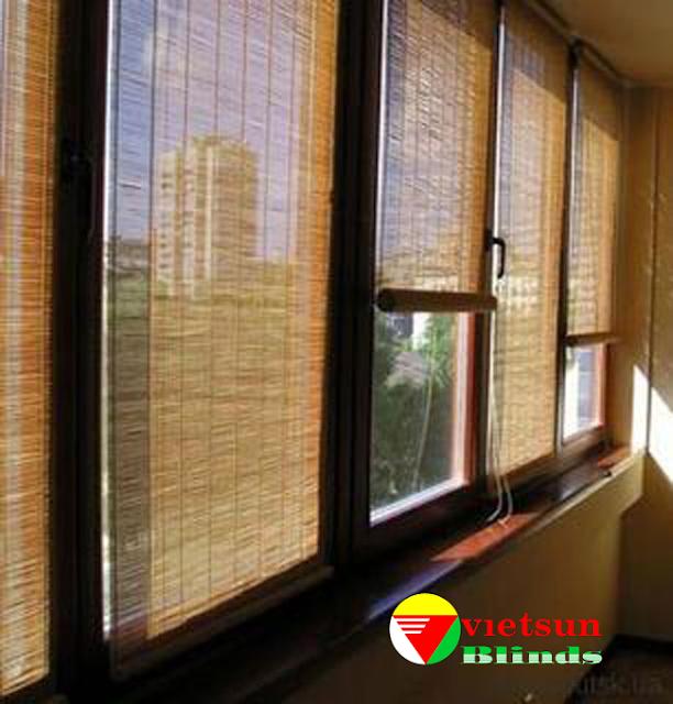 Rèm tre trúc cửa sổ