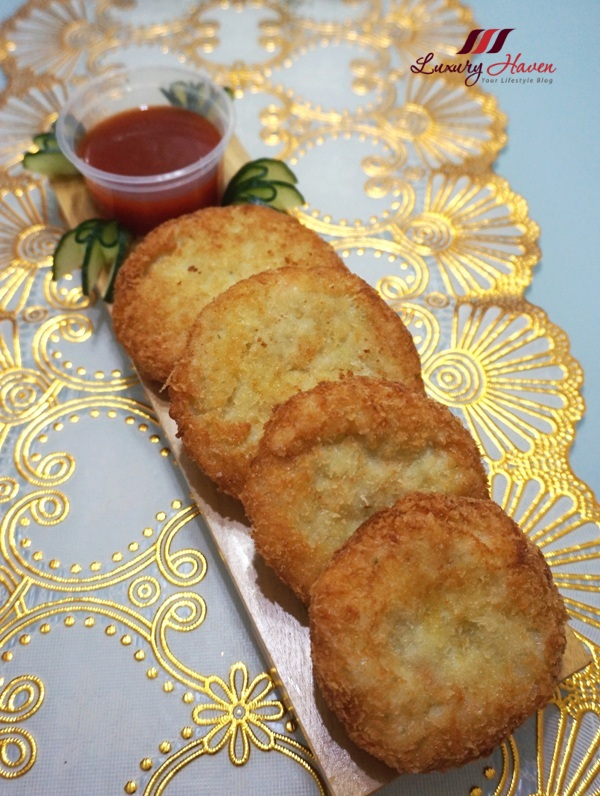 crunchy thai shrimp cakes sweet chilli sauce recipe