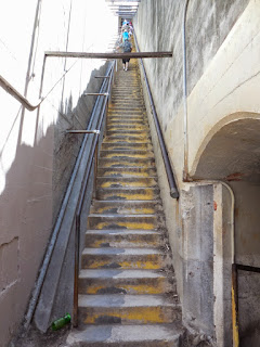 Picture of the stairs at the Diamond Head hike