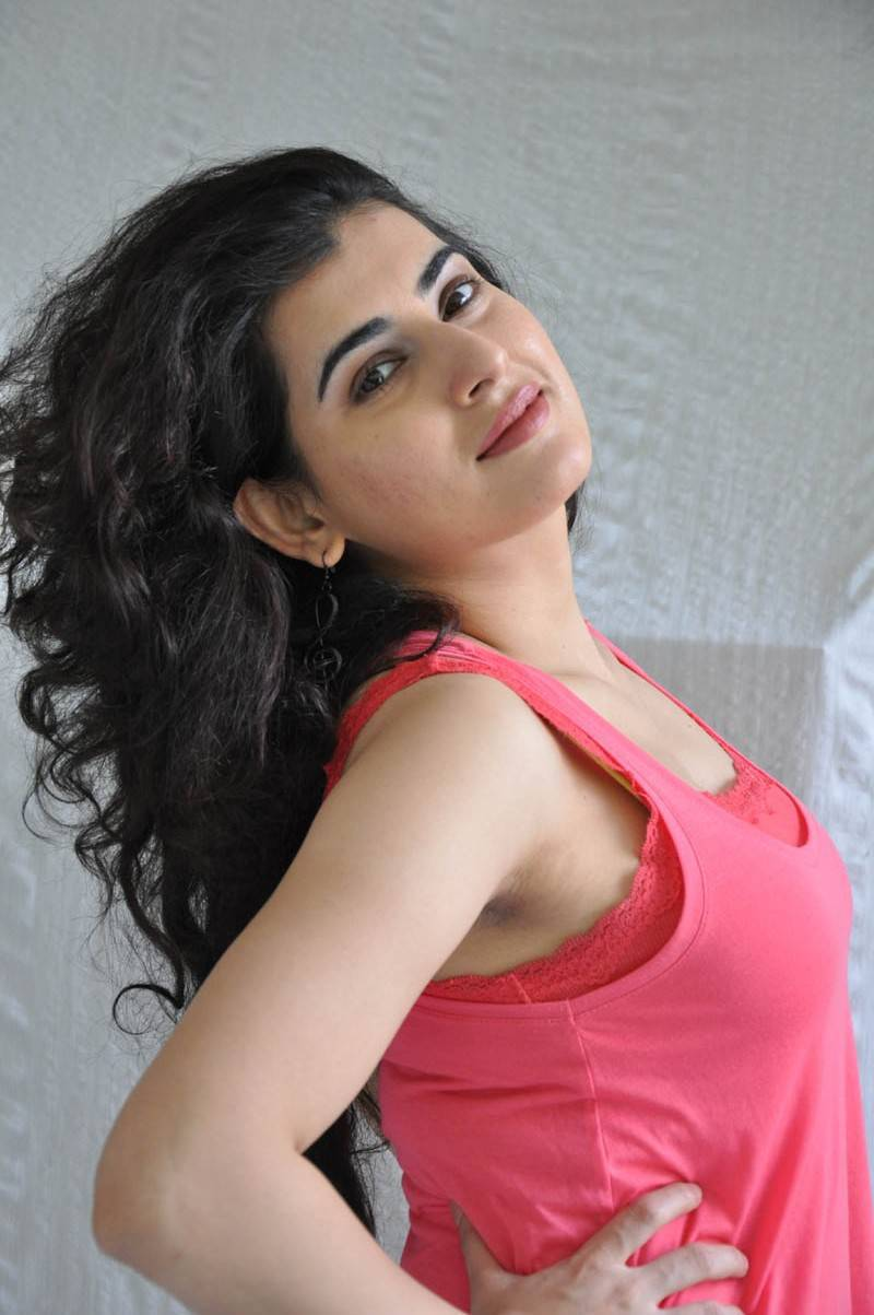 Model Archana Photos In Pink Top At Movie Press Meet