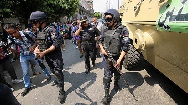 القبض على 10 ارهابيين فى السويس وابطال عبوات ناسفة فى بولاق