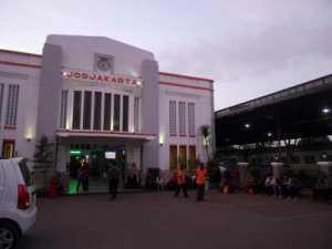 Cara Mudah Menuju Malioboro Dari Stasiun Tugu Yogyakarta