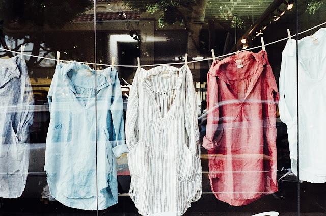 Cara Menyetrika Baju dengan Baik dan Benar