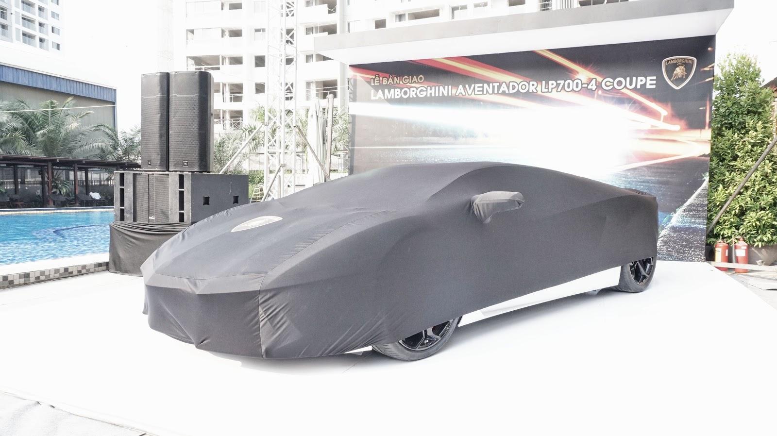 Đại gia sở hữu siêu xe Lamborghini Aventador LP700-4 là một người rất nổi tiếng trong giới chơi siêu xe