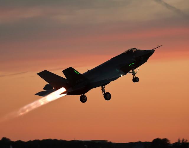 Lockheed Martin F-35C Afterburner Takeoff