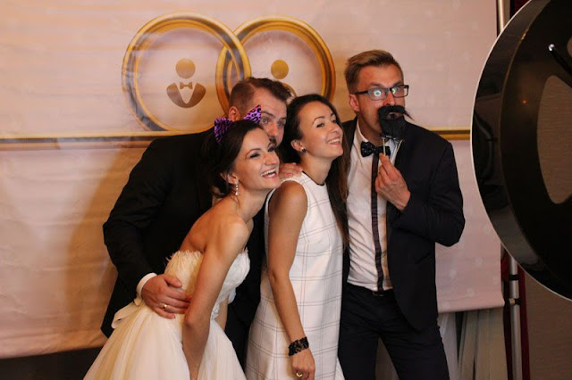 Fotobudka- weselna atrakcja