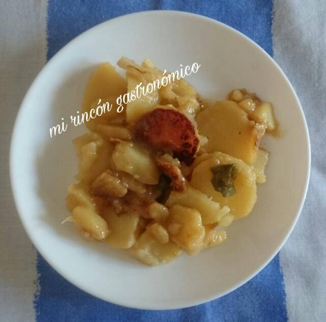 Mi rinc n gastron mico patatas panadera o a lo pobre olla for Cocinar patatas a lo pobre