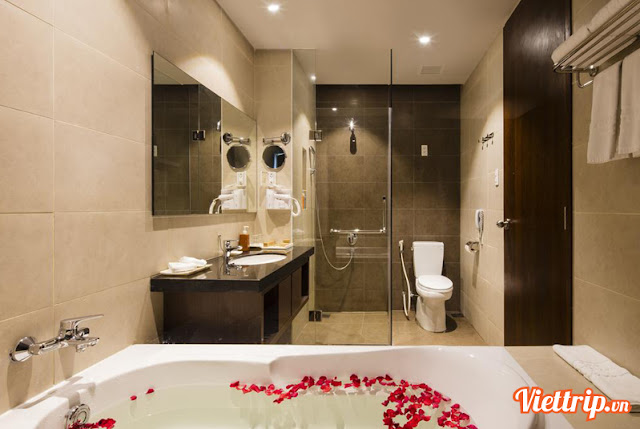 Nhà tắm được trang bị hiện đại - khu nghỉ dưỡng Terracotta Đà Lạt