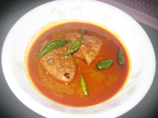 Gulai Ikan Tongkol Nasi Dagang Terengganu