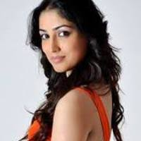 Meenakshi Arya Family Husband Son Daughter Father Mother Age Height Biography Profile Wedding Photos