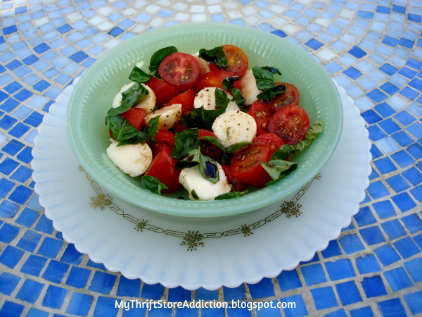 tomatoes, basil, cheese, summer, summertime salads, garden salad