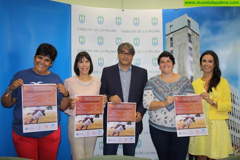Resultado de imagen de El Cabildo de La Palma mantiene su compromiso con la práctica y promoción de La Lucha Canaria