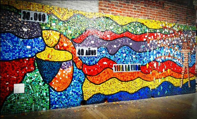 Ma ana se inaugurar en la unq el mural colectivo 30 mil for Arte colectivo mural
