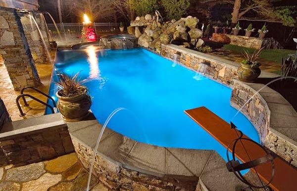 Fotos de piscinas en casa colores en casa for Piscinas en jardin