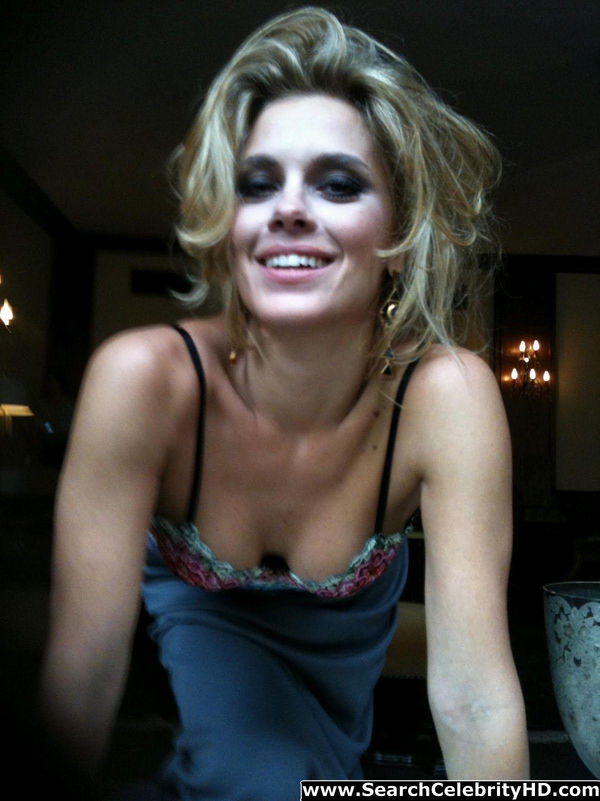 Fresh Celebrity Pics Carolina Dieckmann Leaked Nude Photo -1049