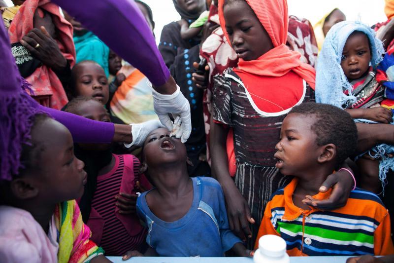 ONU: Vacuna causa nuevo brote de polio en Sudán, una semana después de que África fuera declarada libre de la enfermedad