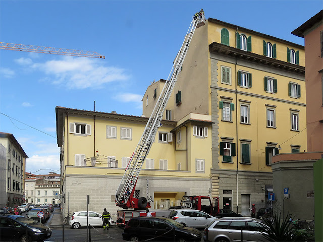 Firefighters in Via Verdi, Livorno