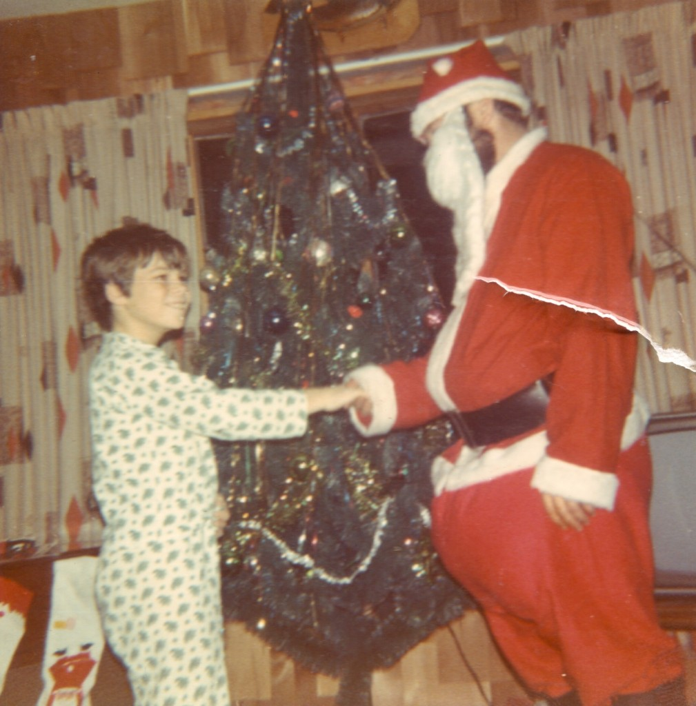 The 30 Most Awkward Family Christmas Photos Ever! ~ vintage everyday