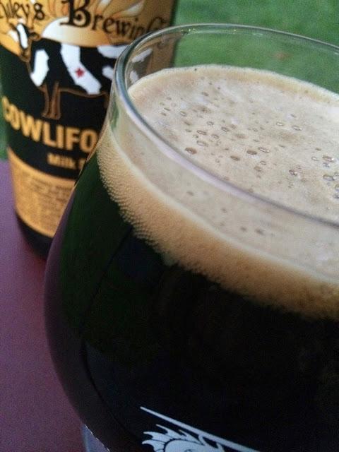 Riley's Brewing Cowlifornia Milk Stout 2