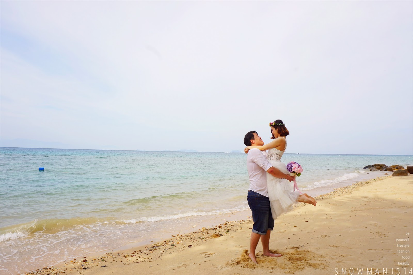 Sharon snowman1314 diy pre wedding shoot by the beach alunan at first we actually plan to have a diy wedding shot by the beach since we are both a beach person if you wanted to bring a photographer along solutioingenieria Image collections