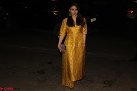 Sonam Kapoor Soha Ali Khan Konkona Sharma at Raw Mango store launch March 2017 030.JPG