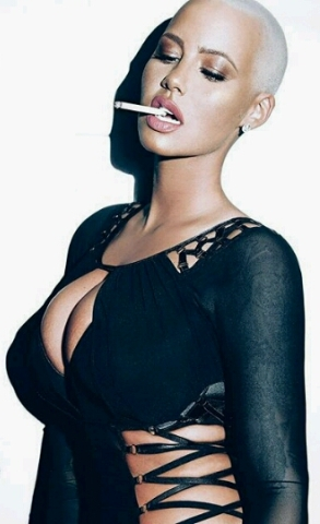 20160428_065924_EZRepost Photos: Amber Rose Shows Off Her Massive Curves