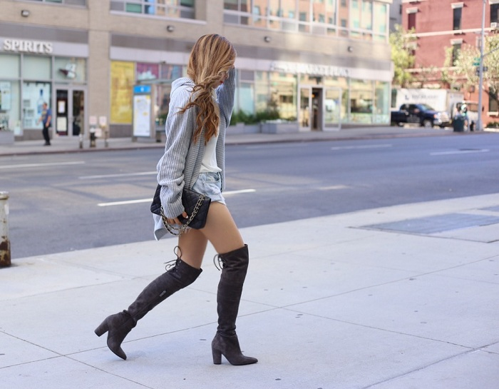 Banana republic cardigan, ted and muffy over the knee boots, over the knee boots, street style, nyc street style, chanel necklace, chanel classic flap bag, asos cami, one teaspoon beauty bandit shorts, fall essentials, fashion blog, nyc fashion blog, swarovski amazing sunglasses