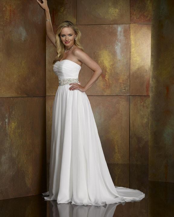 Beautifull White Wedding Gown