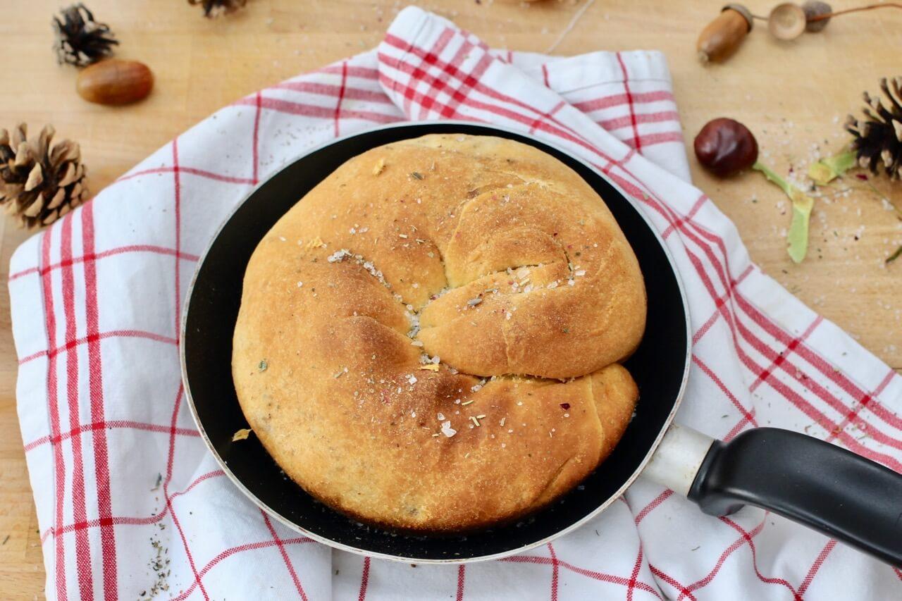 Rezept Maroni Speck Strudel aus der Pfanne