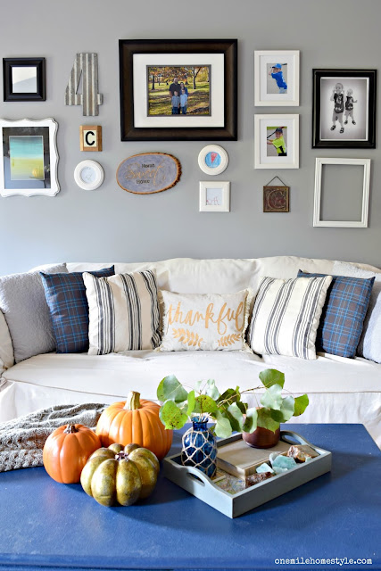 Simple changes take this living room from summer to cozy fall in just a few minutes.