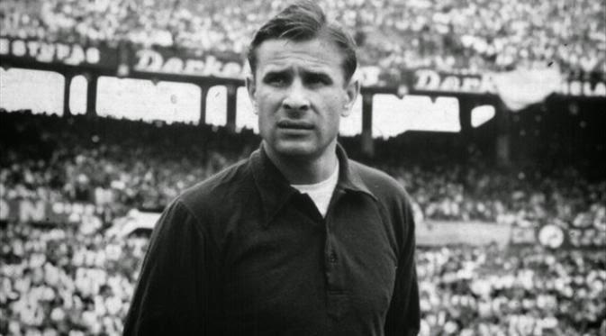 Pemain Yang Berjuluk Raja Dalam Dunia Sepakbola