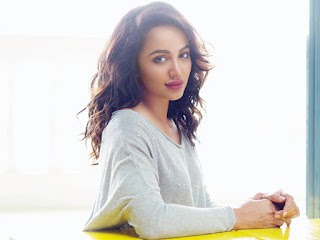 Tejaswi Madivada in white short pants spicy Pisc August 2017