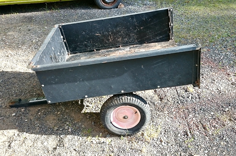 My Blue Utility Trailer Makeover