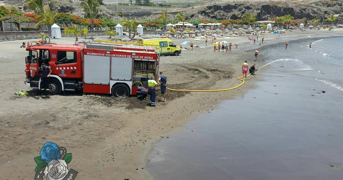 Ambulancia y cami n de bomberos rescatados playa san juan tenerife el eco de canarias las - Jardineros tenerife ...
