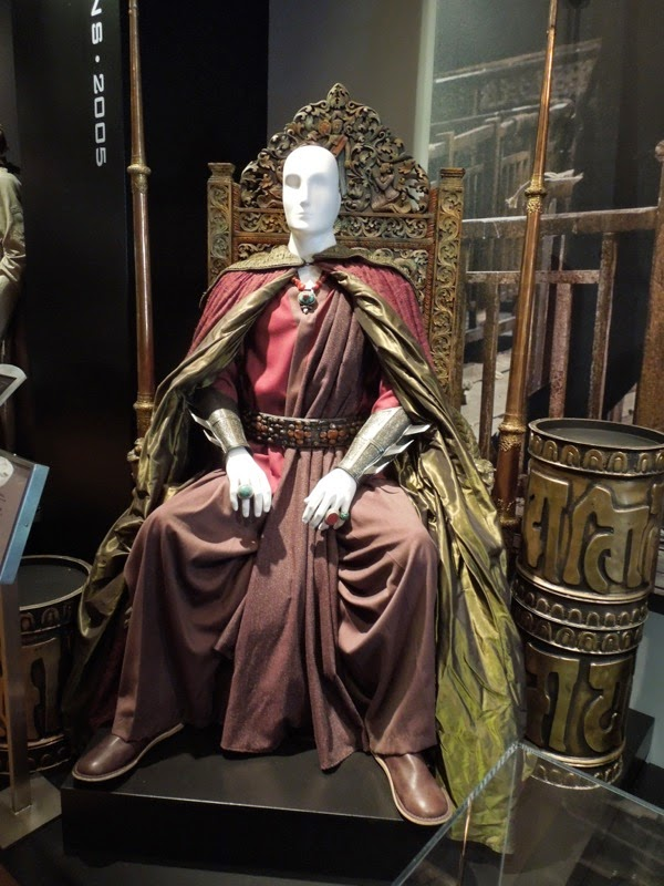 Ra's al Ghul Batman Begins costume throne
