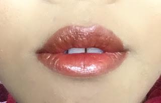 moodmatcher-lipstick-review
